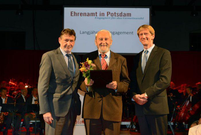 Ehrenamtspreis der Landeshauptstadt zum neunten Mal ausgelobt