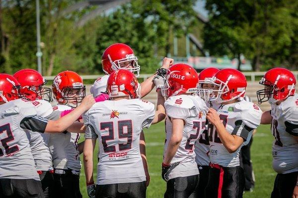 Royals go to school – Equipment für Sport AG